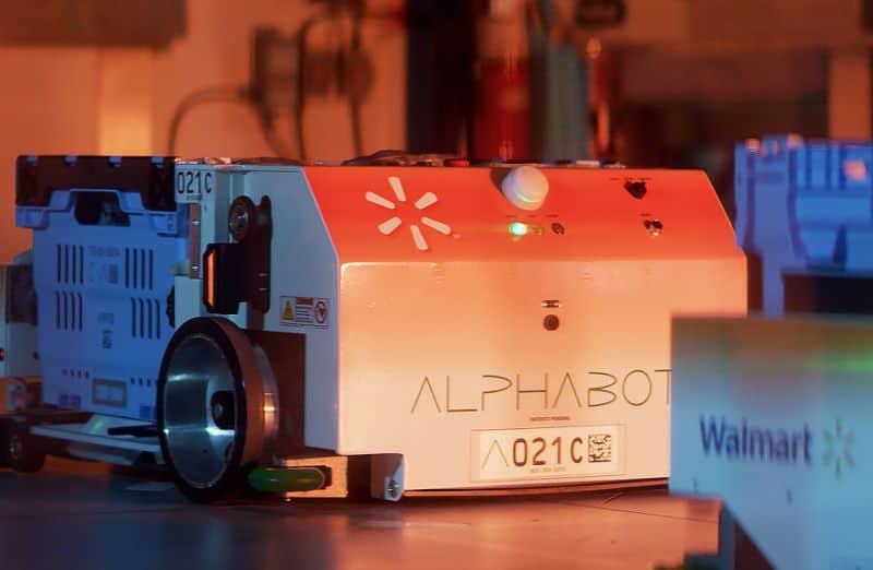 Walmart สู้ตายโดย Alphabot